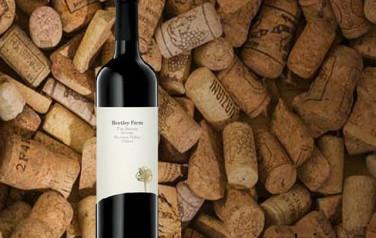 Rượu vang Hentley Farm The Beast Shiraz