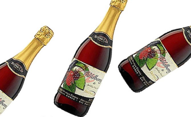 Rượu vang Donelli Wildberry Grapes Juice