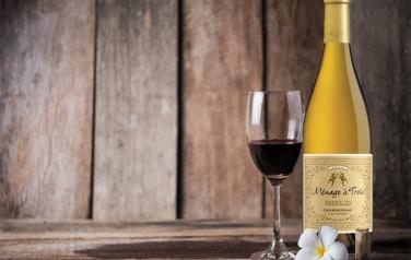 Rượu vang Menage A Trois Gold Chardonnay