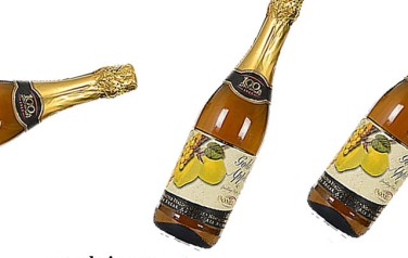 Rượu vang Donelli Gold Apple Grapes Juice